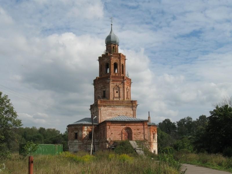 Церковь Вознесения Господня в Сенницах
