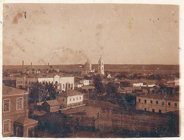 Вид на церковь с фабрики