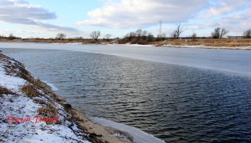 Опасность! Тонкий лёд на озере Песочном